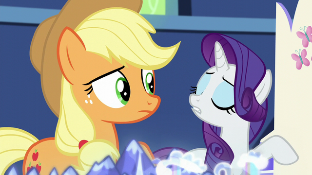 File:Rarity scoffing S5E16.png