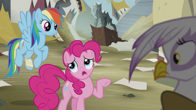 "File:Pinkie ""you don't need some golden idol"" S5E8.png"
