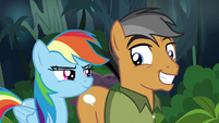 Rainbow and Quibble smile at each other S6E13