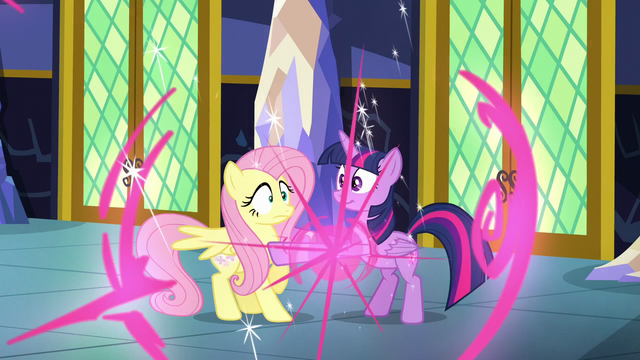 File:Twilight and Fluttershy teleport into the castle S5E23.png