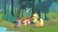 Apple Bloom showing the bug spray S3E6