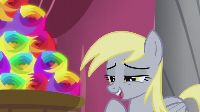 File:Derpy giggling S5E9.png