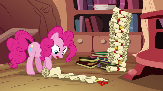 File:Pinkie Pie perusing genealogy scroll S4E09.png