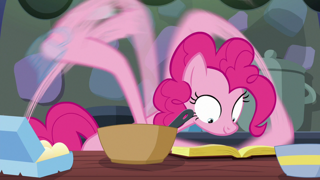 File:Pinkie follows the cookbook as ordered S6E21.png