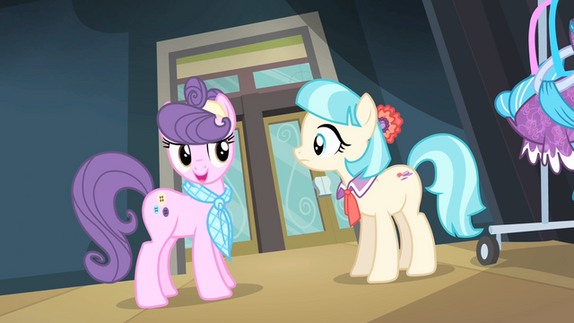 File:Suri '...to have me as a mentor' S4E08.png