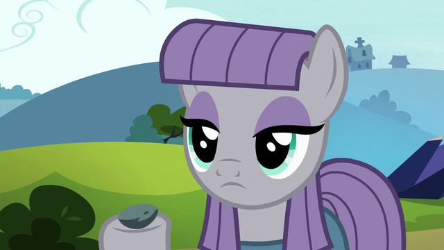 File:Maud Pie holding up Boulder S7E4.png