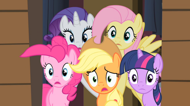 File:Ponies worried S01E21.png
