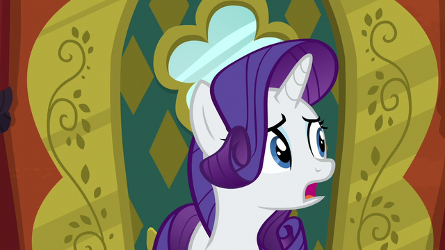 File:Rarity looking nervous in The Tasty Treat S6E12.png