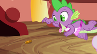 Spike reaching for the jewel S3E11