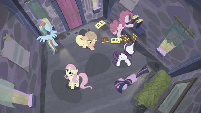 File:Mane 6 in the house as time passes S5E02.png