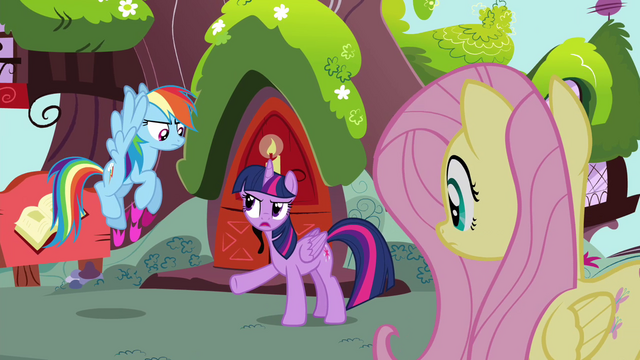 "File:Twilight ""Knowing history actually is beneficial"" S4E21.png"