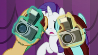Two ponies taking pictures S5E14