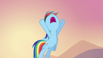 Rainbow Dash telling the pegasi what to do S2E22