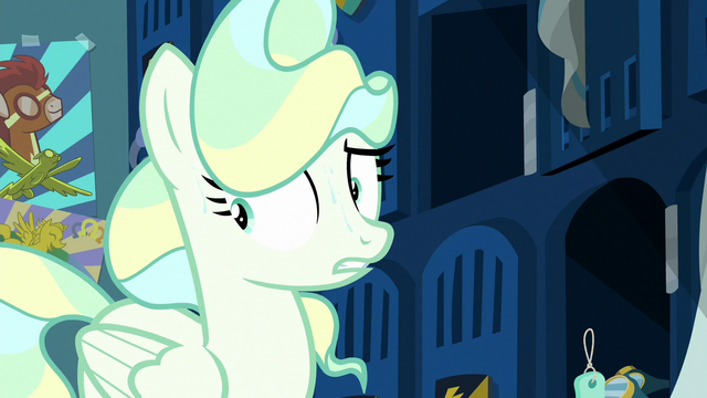 File:Vapor Trail starting to sweat S6E24.png