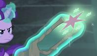 Starlight flings Twilight's cutie mark toward the vault S5E1