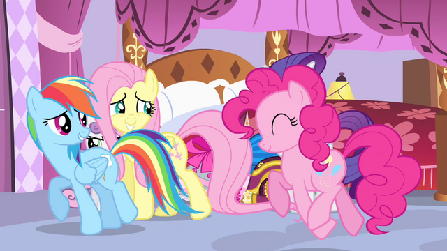 File:Fluttershy, Rainbow and Pinkie leaving S4E19.png