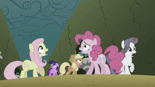 File:Main 5 surprised S2E01.png