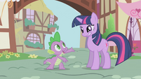 Twilight with an awkward smile S1E6