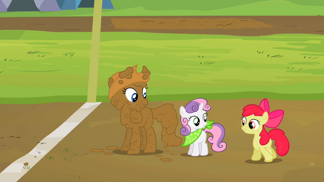 File:Rarity Sweetie Belle and Apple Bloom end of the race mud S2E5.png
