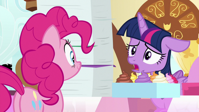 """File:Twilight """"can you write 'sorry' on them?"""" S7E3.png"""