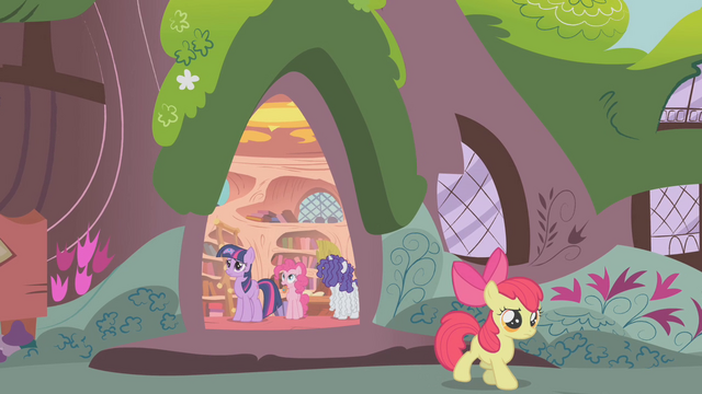 File:Apple Bloom leaving the library S1E09.png