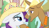 Trenderhoof 'That fruit-hauling pony named' S4E13