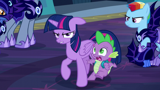 File:Spike shocked S5E26.png