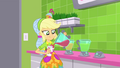 Applejack pouring a cup of juice SS9.png