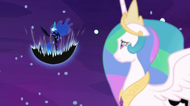 File:Nightmare Moon building her dark magic S7E10.png