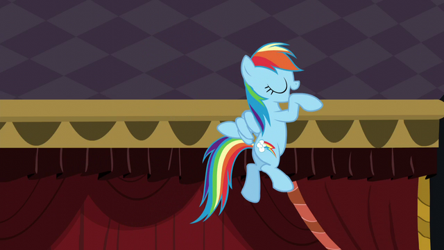 File:Rainbow does her little dance again S5E15.png