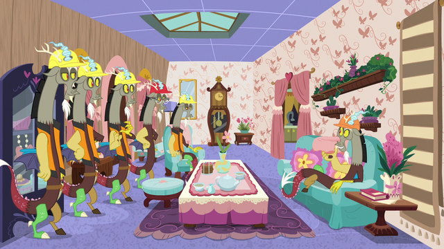 File:Discord and duplicates in decorated house S7E12.png
