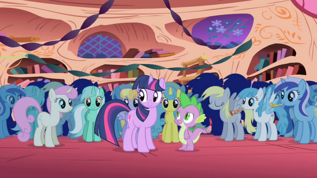 File:Minuette both ends (and first Derpy) S1E01.png