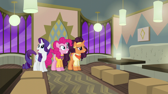"File:Rarity ""isn't it perfect?"" S6E12.png"