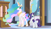 Rarity thrilled by guest room S2E09.png