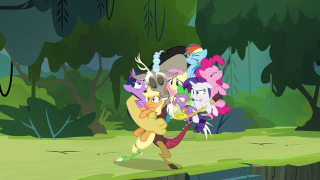 File:Discord drags Mane 6 and Spike into a group hug S4E25.png