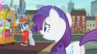 Bellhop tells Rarity about her friends S4E08