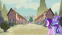 Starlight and Trixie entering the village S6E25