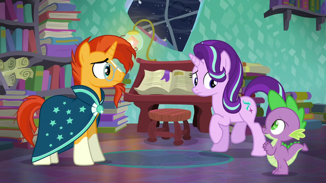 File:Starlight looks at Spike S6E2.png