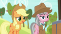 """Applejack """"wanderin' into the wrong cave"""" S7E5.png"""