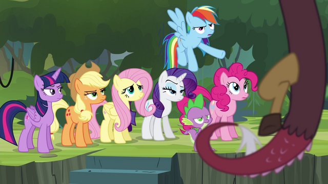 "File:Rainbow Dash ""what are you even doing here"" S4E25.png"