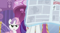 Sweetie Belle seeing Rarity reading newspaper S2E23
