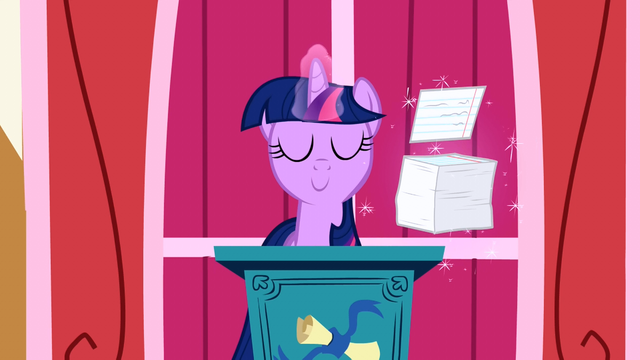 File:Twilight about to give a speech S1E04.png