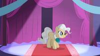 Mayor Mare introducing Princess Celestia S1E01
