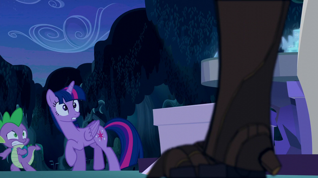 File:Twilight and Spike greeted by a timberwolf S5E26.png