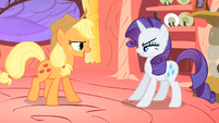 Applejack dares Rarity to go outside S1E08