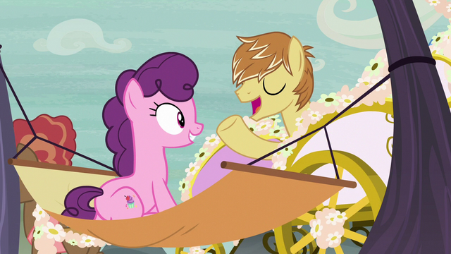File:Feather Bangs appears in a fancy carriage S7E8.png