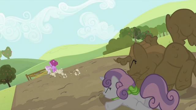 File:Rarity and Sweetie Belle on the ground S2E05.png