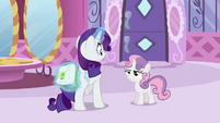 Rarity hiding the bag again S2E23