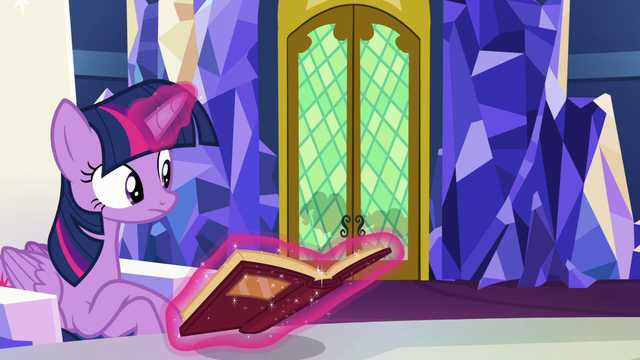 File:Twilight hears Pinkie Pie outside the throne room S7E11.png