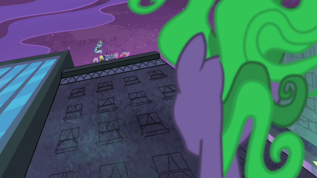 File:Mane-iac looking up at Power Ponies S4E06.png